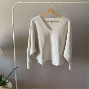 Long sleeve knit v-neck